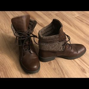 Brown BOC fall/winter boots